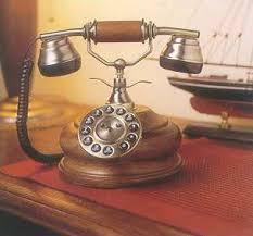 ретро телефоны в интерьере